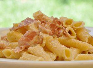 pasta-scalogno-e-pancetta